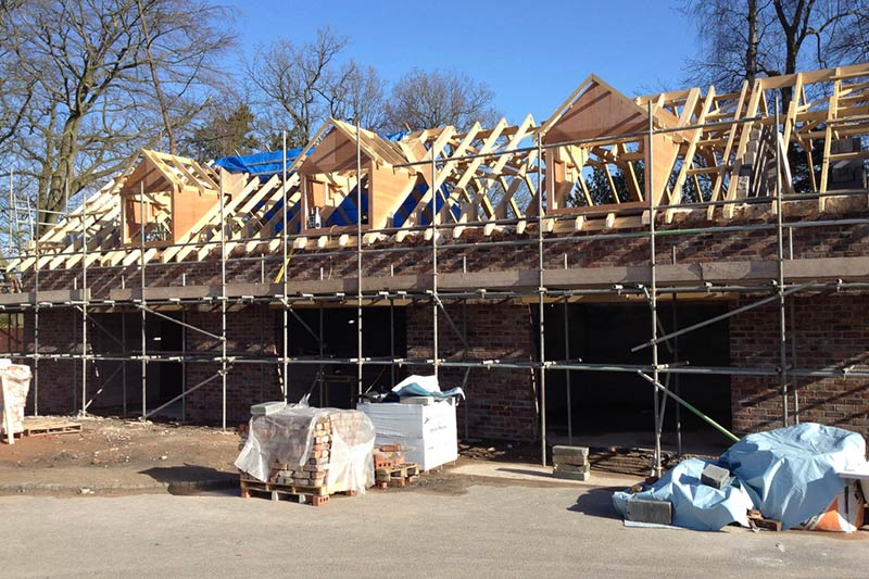 VRH   Couch House Roof Trusses1 1